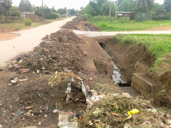 Image of poor drainage due to burst pipe at ward 1 Sakubva, Mutare, Zimbabwe